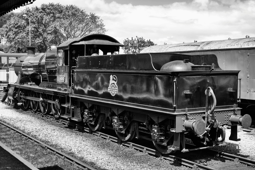 Resplendent in its black wartime livery (enhanced by the post-war British Railways badge),No 3850 was one of the last batch of twenty three 2884 Class locomotives built at Swindon in 1942 at a cost of £7,911 each (about £325,000 in depreciated 2013 pounds)