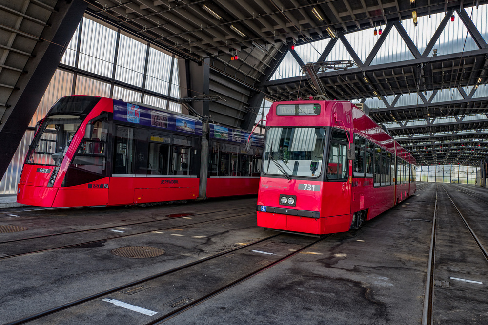 More modern vehicleslurking in the Bern citytram depot