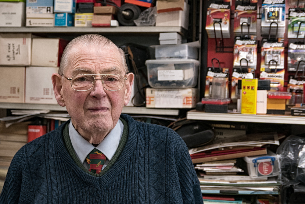 Reg Roach has managed Croydon Camera Centre for the past 57 years and has an encyclopaedic knowledge of Leica equipment