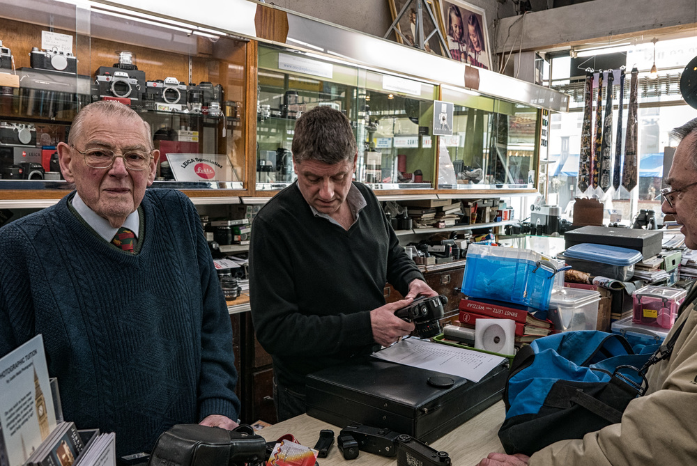 Reg and son Paul have endless patience and provide good old fashioned service to a loyal band of customers who travel to Croydon from far and wide