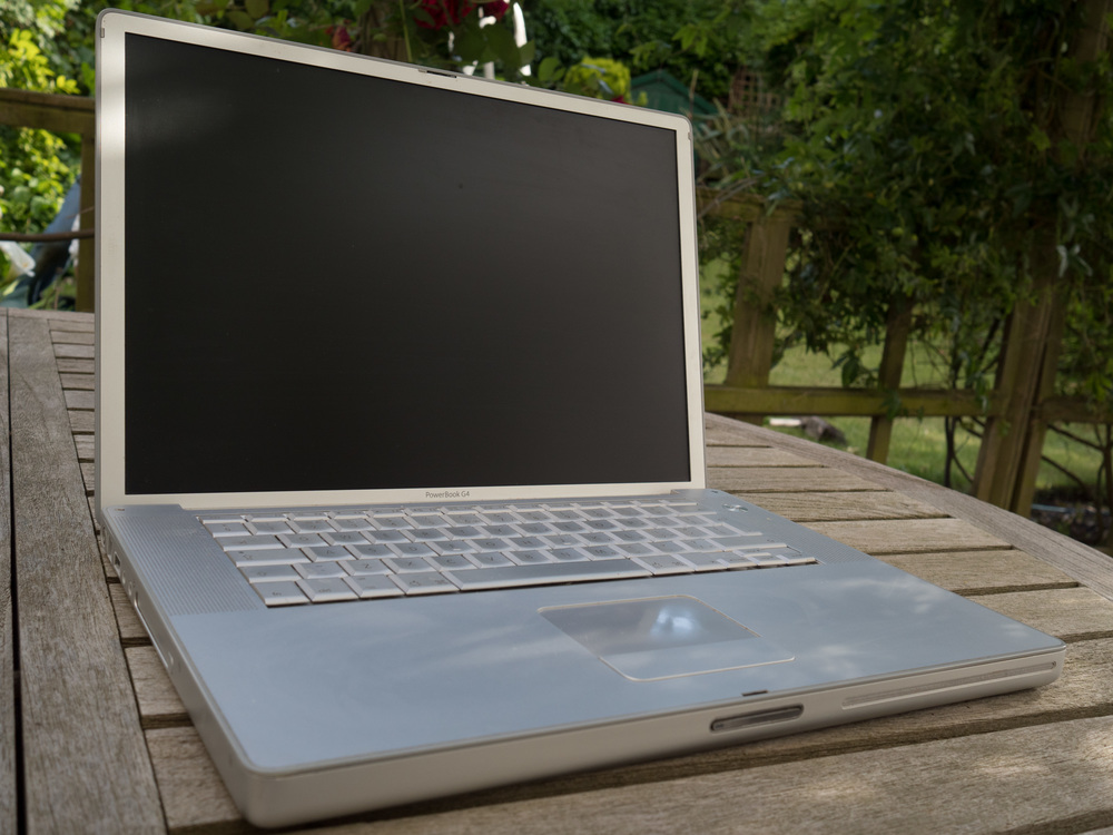 I used to think this 15in PowerBook G4 was the epitome of traveller