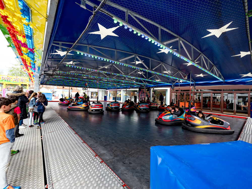 Ah, the dodgems, I remember....See the painted panel at the centre back of the track. That