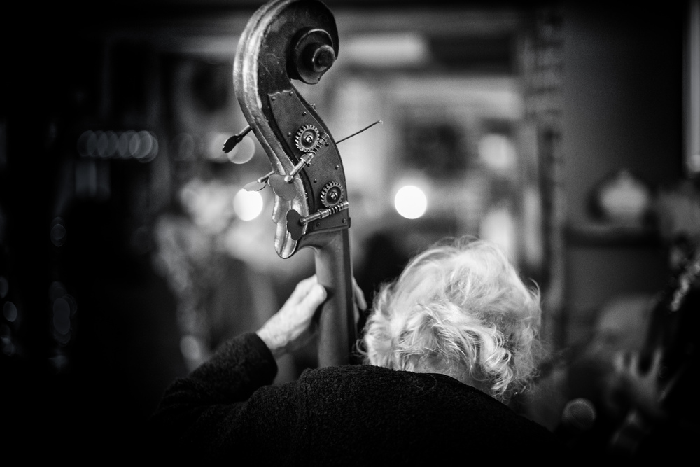 Jazz at the White Horse - Leica SL with Leica M 75 f/1.4 Summilux (thank you for the loan cam Wilder)