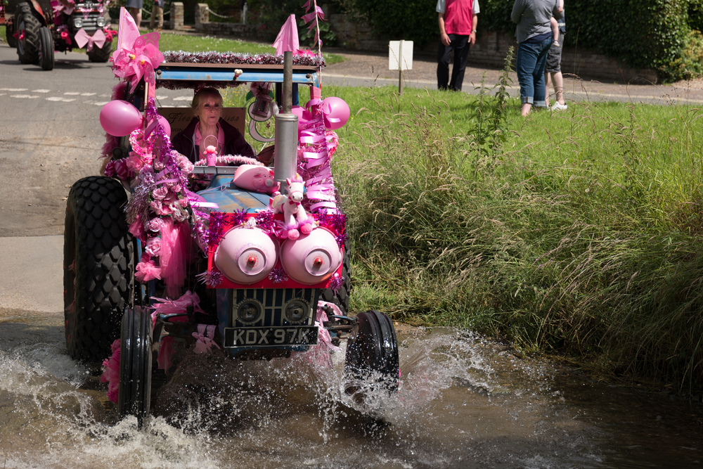 Julie at the Brockdish Water Splash on the 2013 Pink Ladies Tractor Road Run Leica SL with Leica 24-90 Vario Elmarit (and yes, those breasts pulsate and rotate)