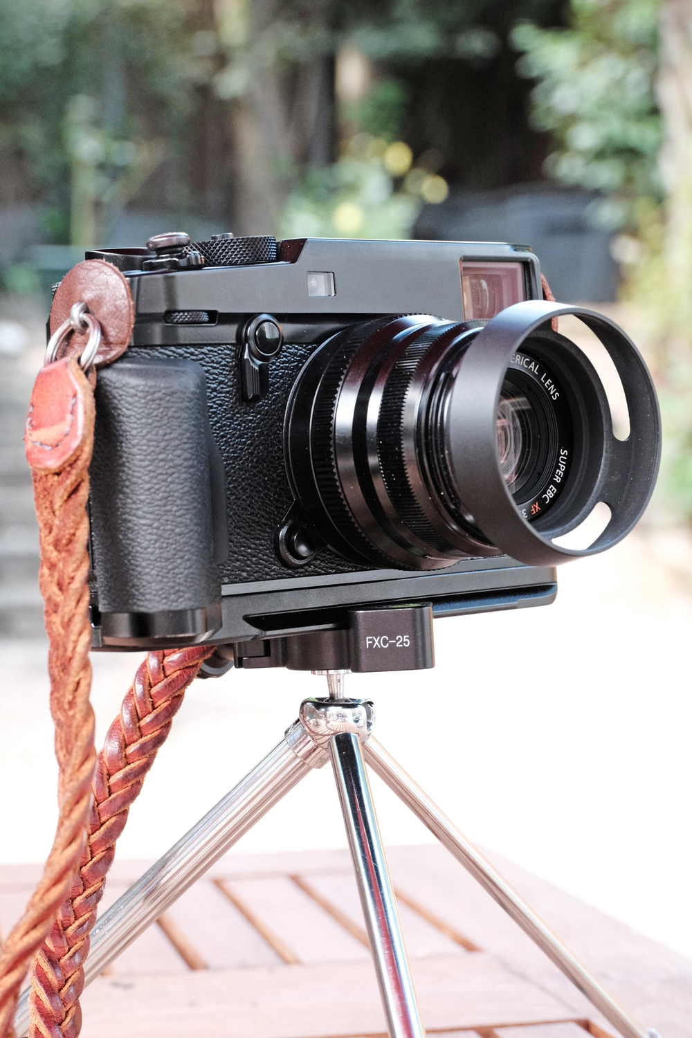 Form And Function Perfectly Combined: Minox Tabletop Tripod: Form And Function Combined In A
