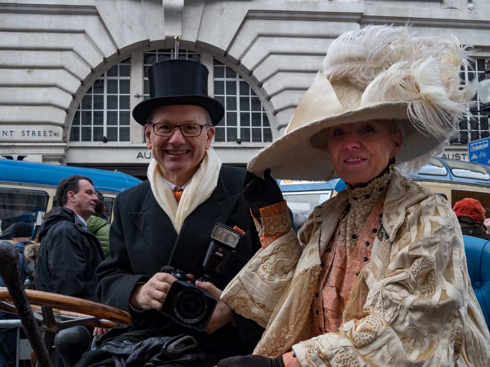 A chance encounter prompted by sight of the Leica SL and 24-90mm Vario-Elmarit: Dr.And Mrs David Martyr all the way from Switzerland with their 4HP 1900 Bardon. David, currently CEO of Tecan, was formerly Group President of Leica Microsystems Group and remains a keen Leica enthusiast and collector.