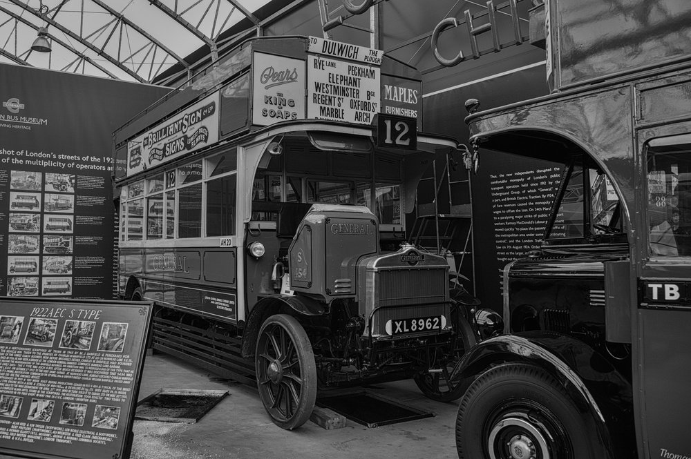 Fine detail at the London Bus Museum at Brooklands, Tri-Elmar at 28mm, Leica Monochrom Mk.I