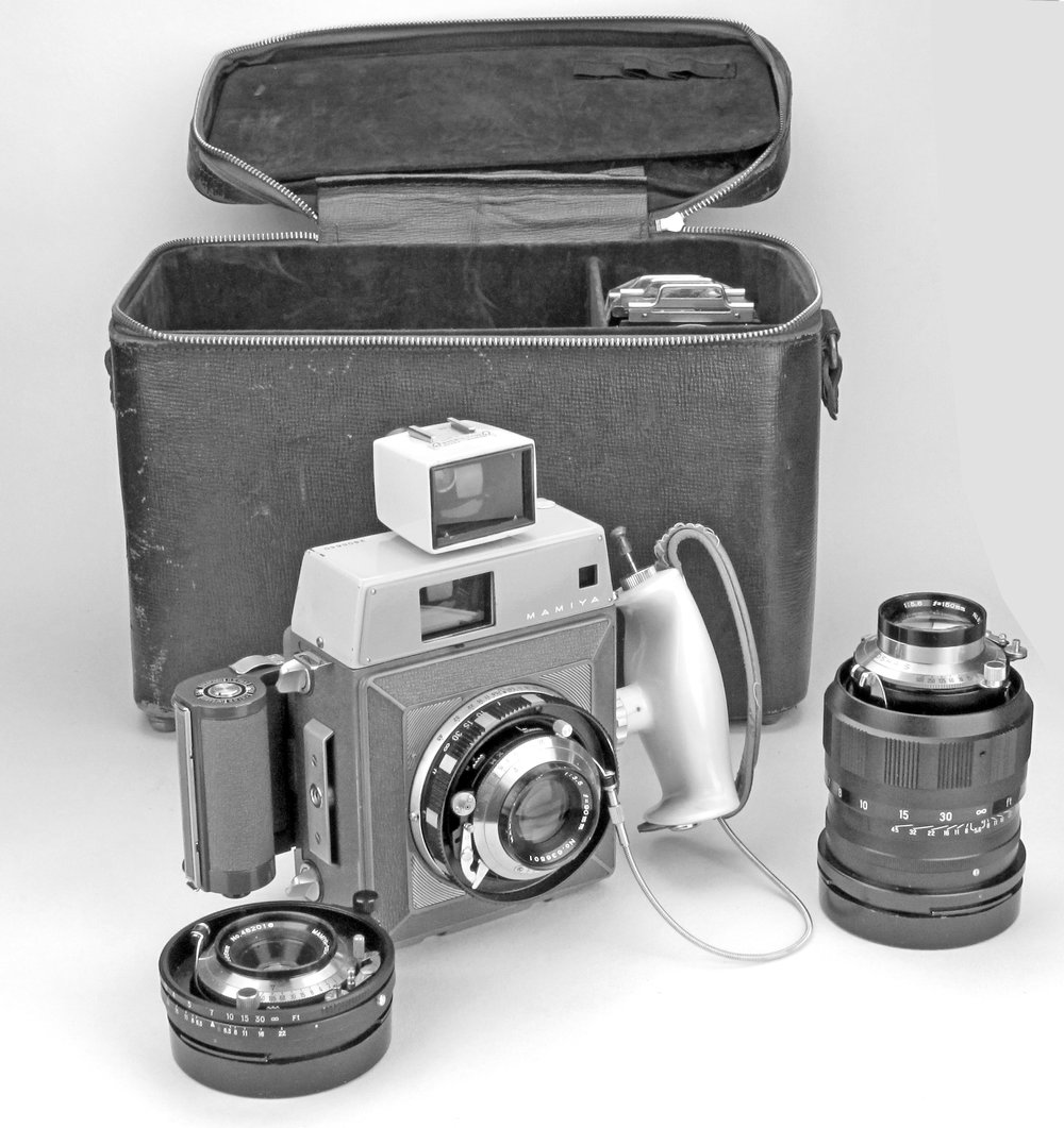 [Fig.17] Mamiya Press Outfit in fitted case.