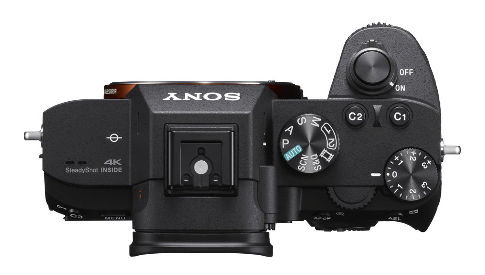 The A7III is 25% lighter than the SL and much smaller while offering excellent grip and ergonomics. The more traditional controls on the Sony are also a plus point. In terms of scale, it