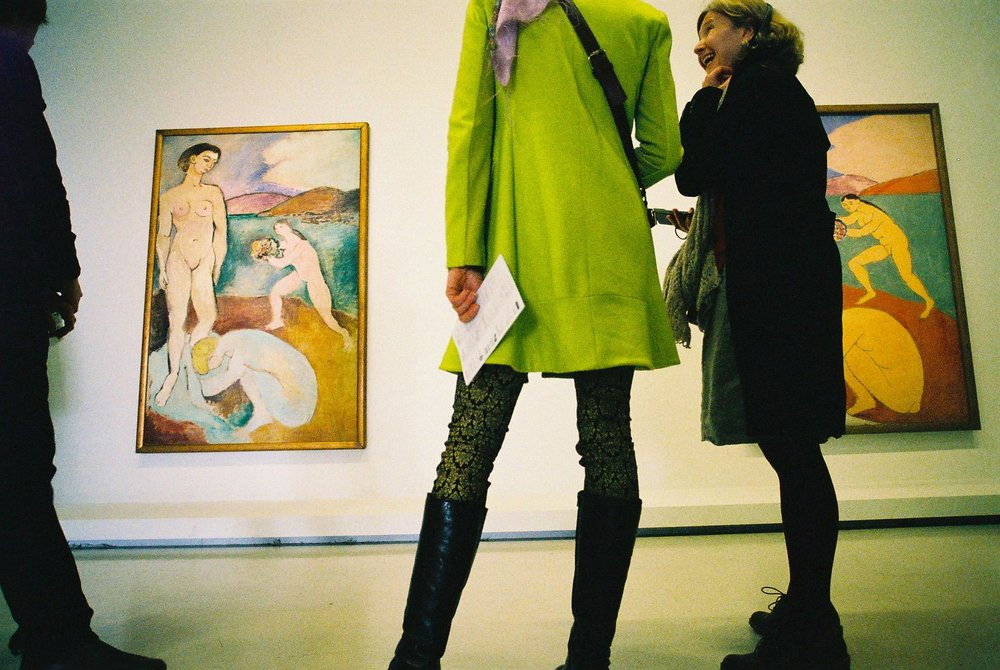 I ndoors (obviously), gallery, Paris; 2.3 megapixel scan, M3, ISO 800 'Lomography' film, can't remember which lens; probably 21mm f/3.4.