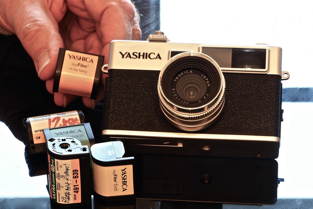 DigiFilm' cartridges, APS film cassette.