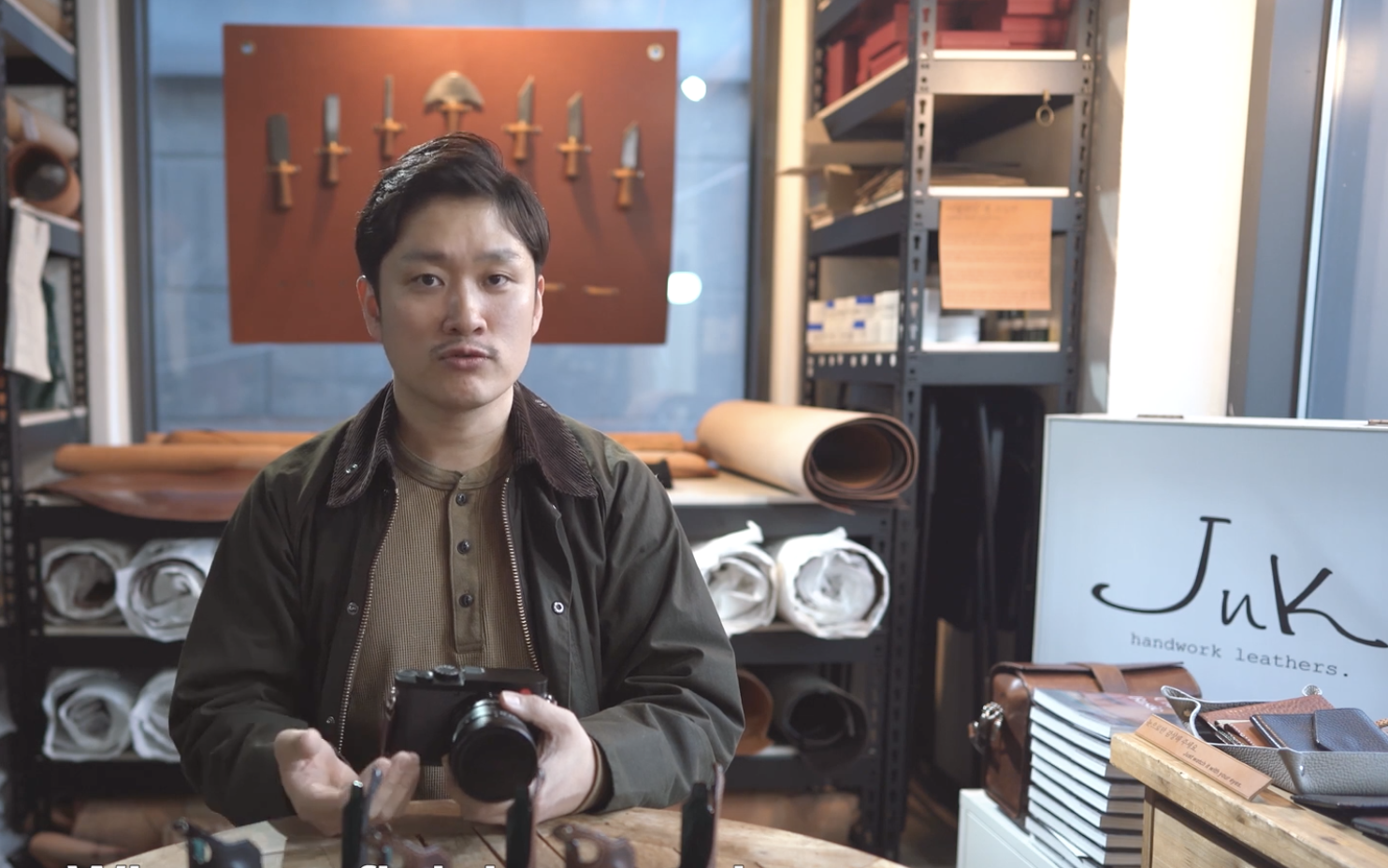Sejun Kim, craftsman and Leica enthusiast, demonstrates the options for the new Leica Q2 half-case