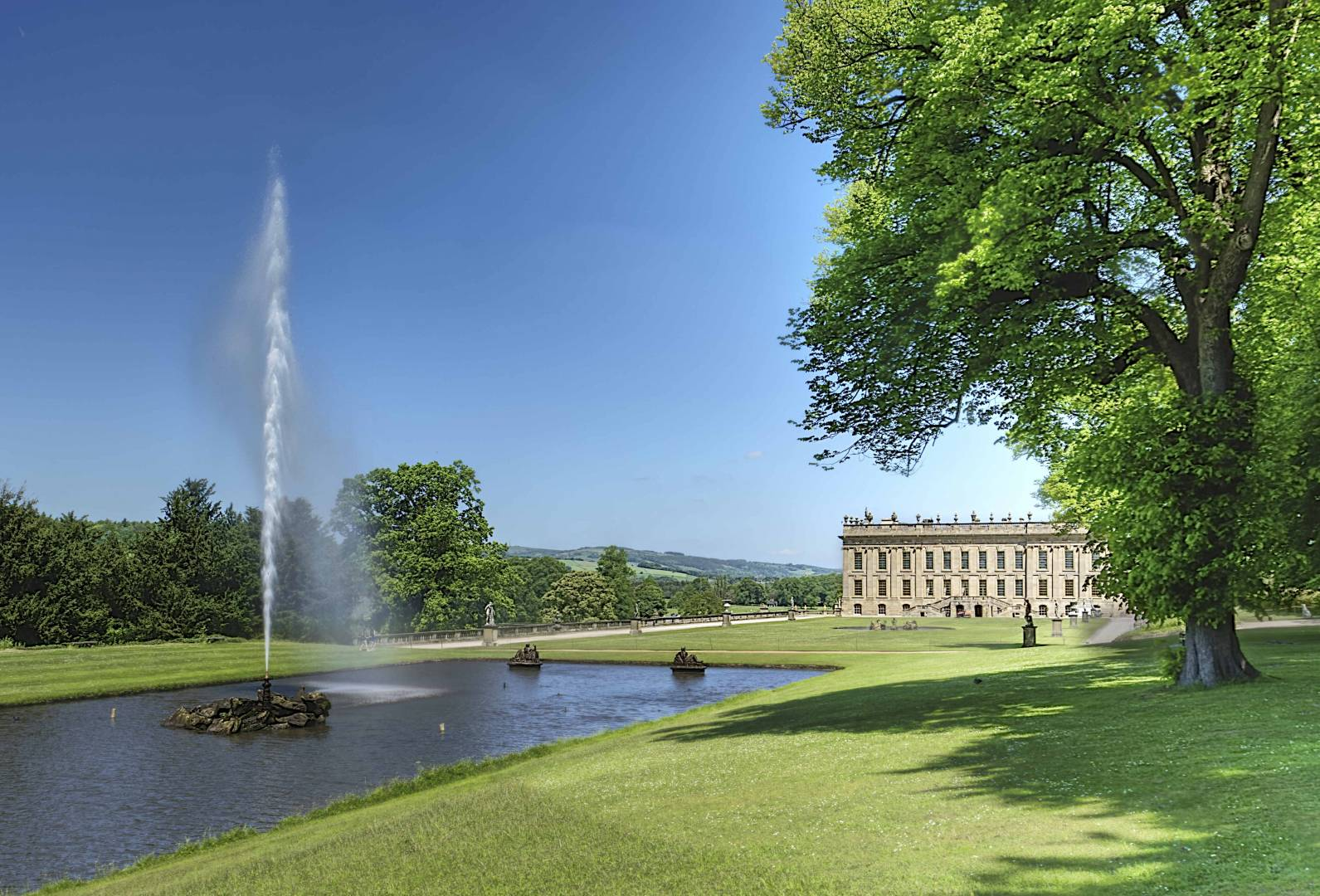 Chatsworth House, Emperor Fountain - 26th May 2017. Fujifilm XT2 - with 16mm F1.4 at 1/38s, f/11, ISO 250