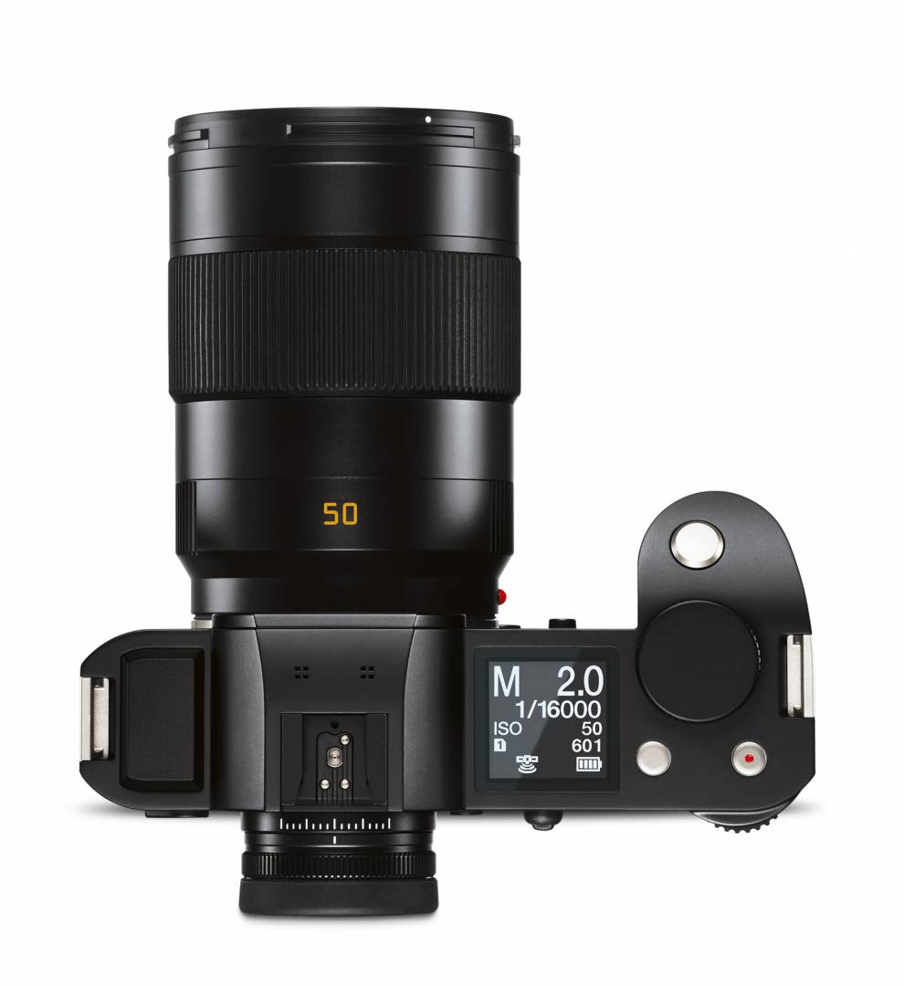 Fast High-performance professional lenses such as this 50mm Summicron-SL are much larger than an M-system equivalent such as the 50mm Summicron or APO-Summicron