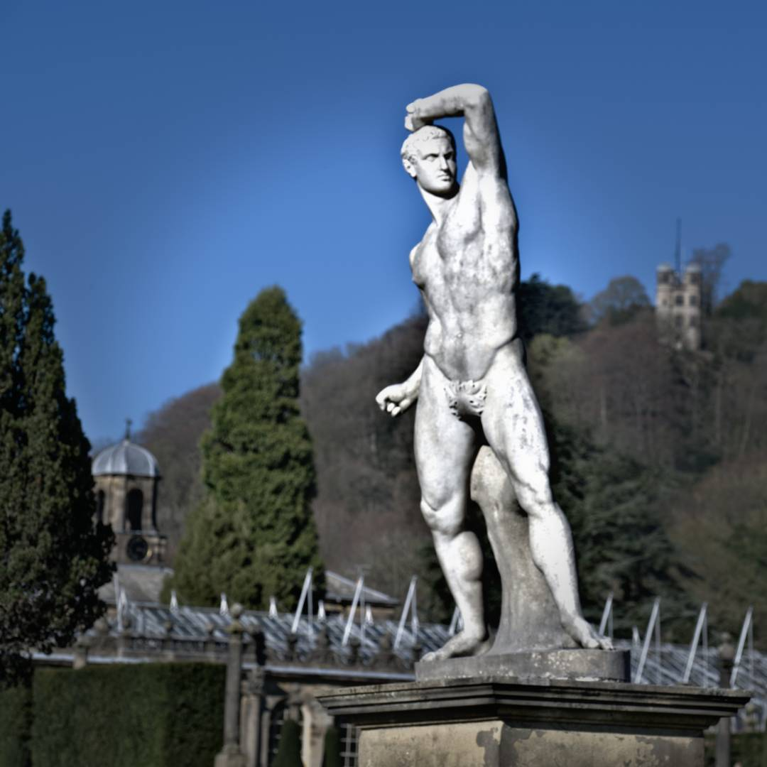 Chatsworth House - Statue & Towers, 29th March 2019. Fujifilm XT2 - with 50-140mm F2.8 at 84mm, 1/340s. f/7.1, ISO 200