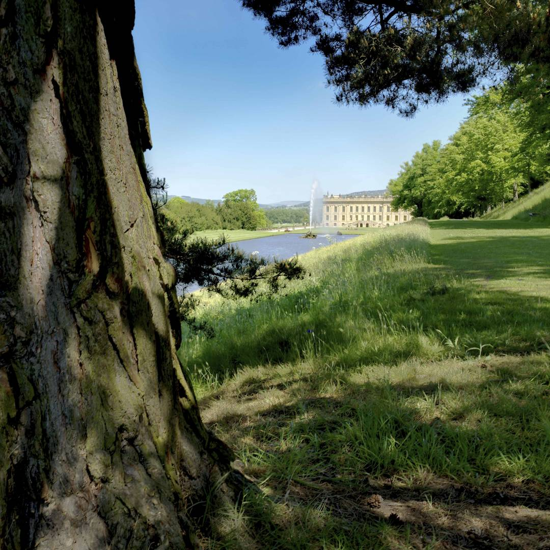Chatsworth House, Canal Pond, Emperor Fountain & House — 26th May 2017. Fujifilm XT2 - with 16mm F1.4 at 1/56s, f/11, ISO 250