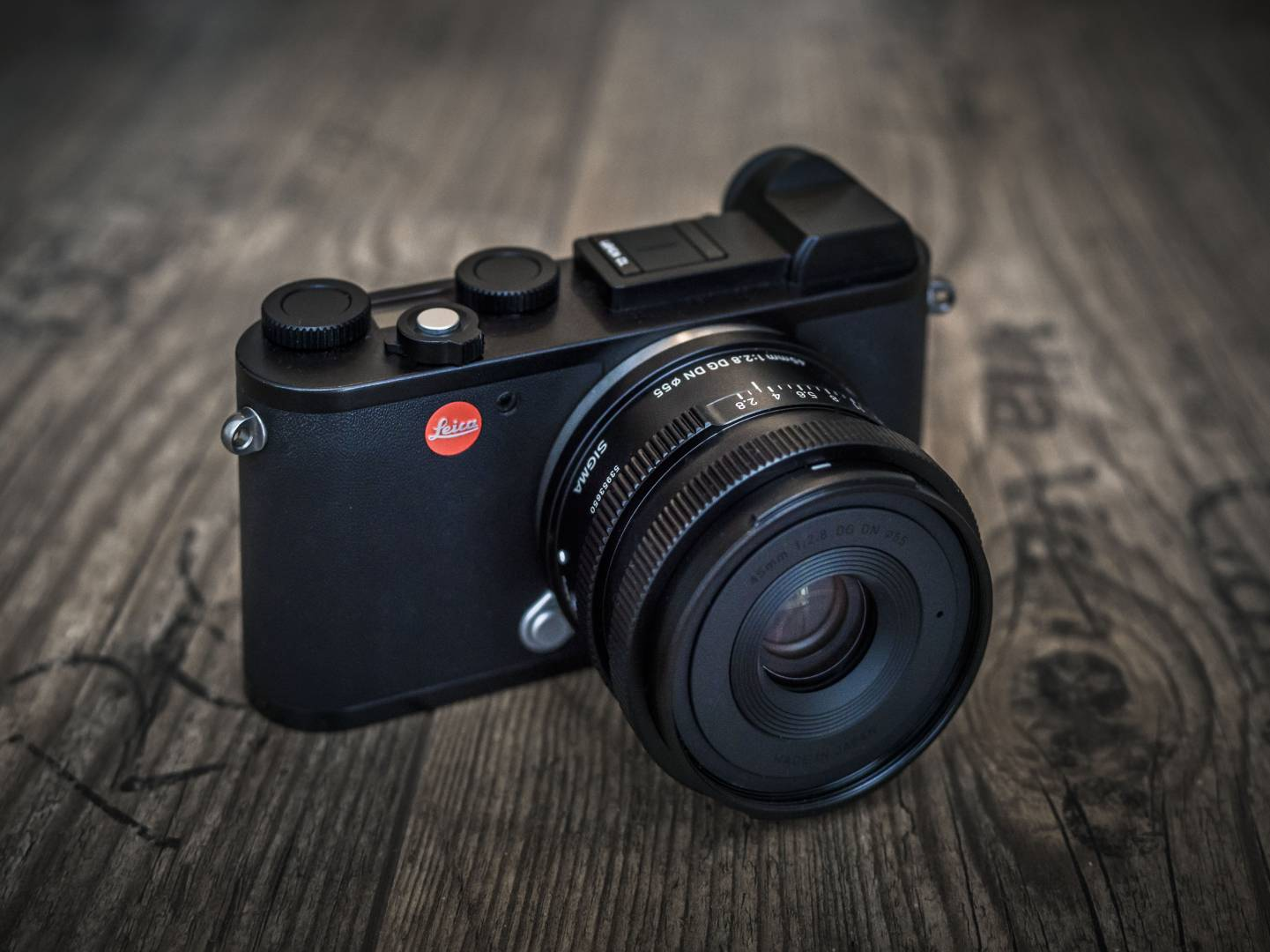 The Sigma 45 perfectly complements the tiny Leica CL (Image Thomas Berger)