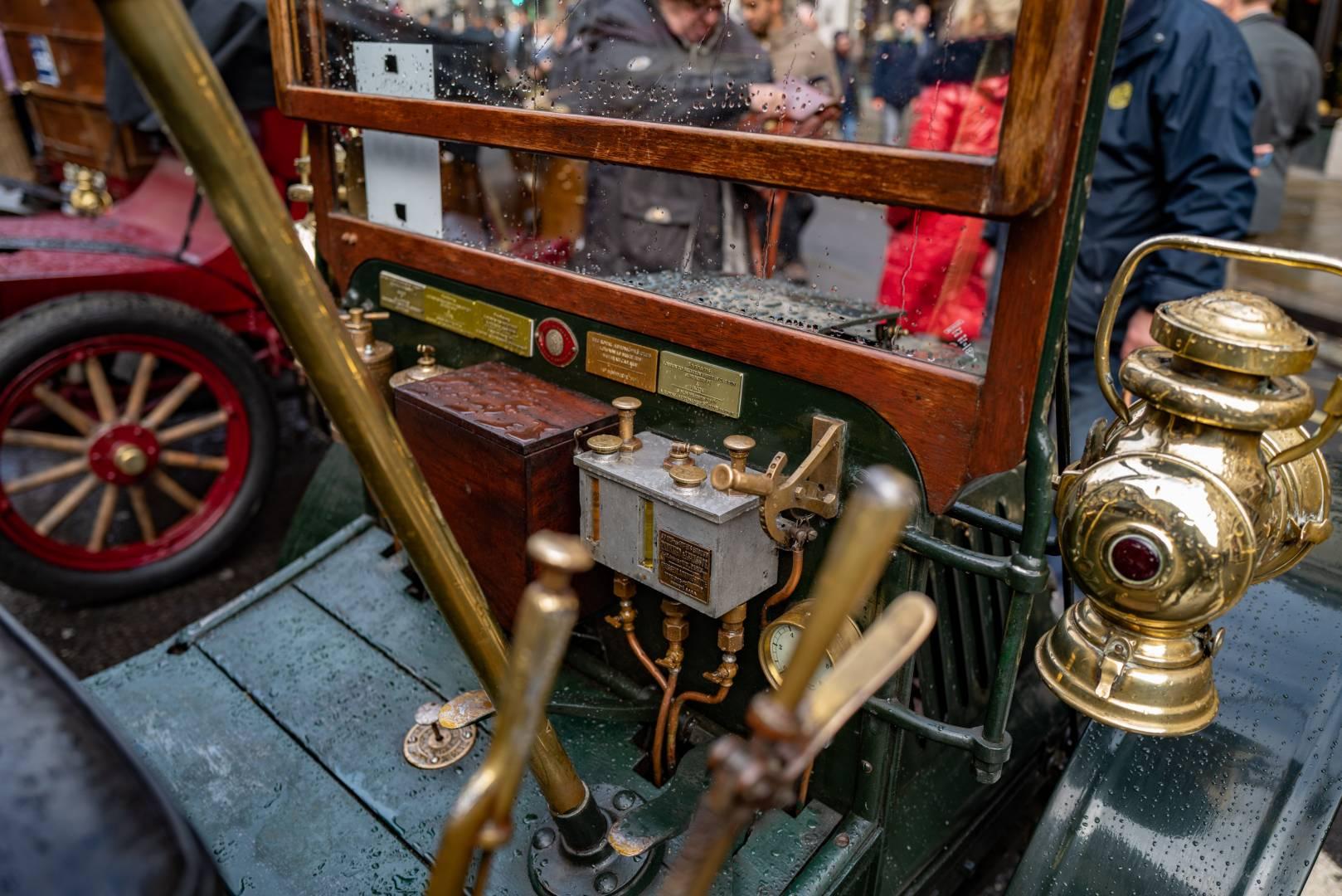 Brass steering column, faraway knobs