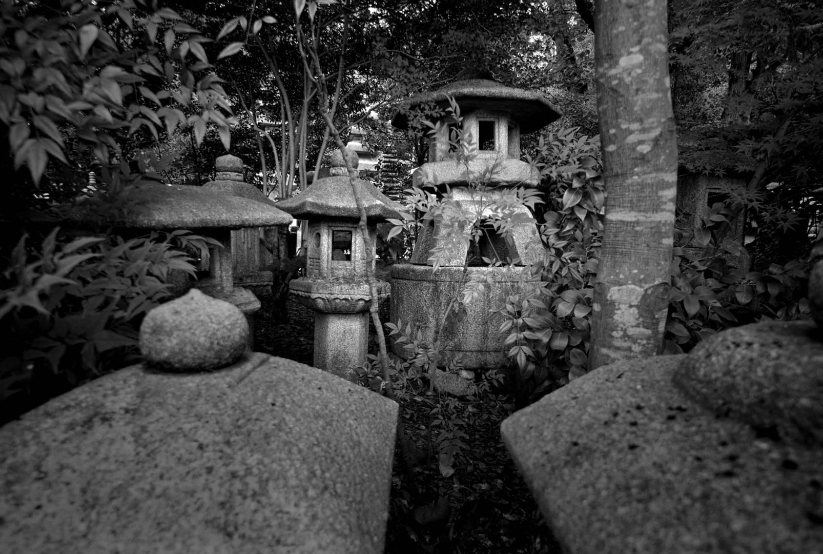 Stone lantern storage Ryoan-ji temple, Leica M8 50mm Summicron