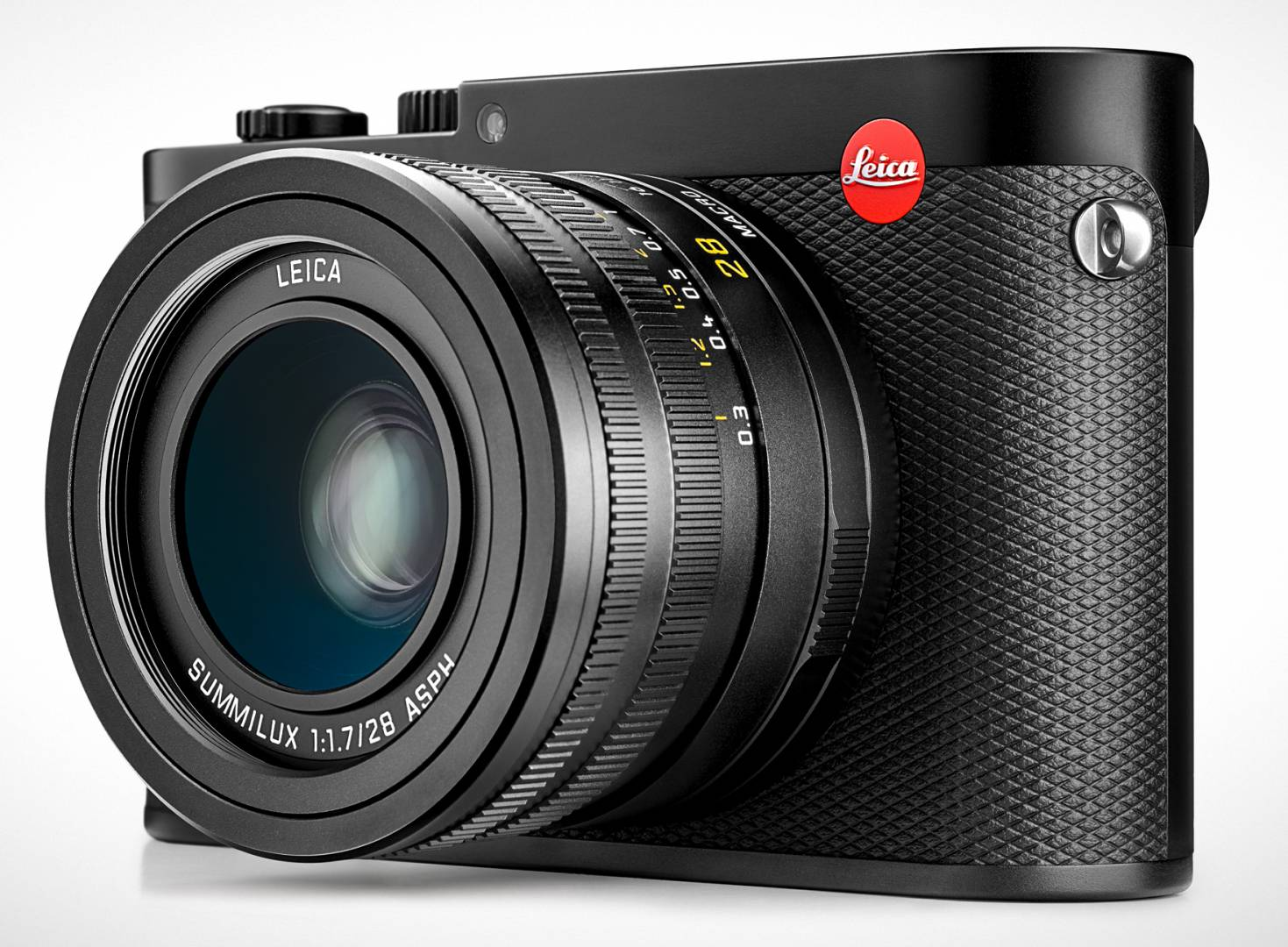 I believe the Q to be Leica's most successful fixed-lens camera. It got to places other Leicas have never reached in terms of admiration, desirability and functinality. The attention to detail, including the invenious macro setting on the 28mm lens, is outstanding.