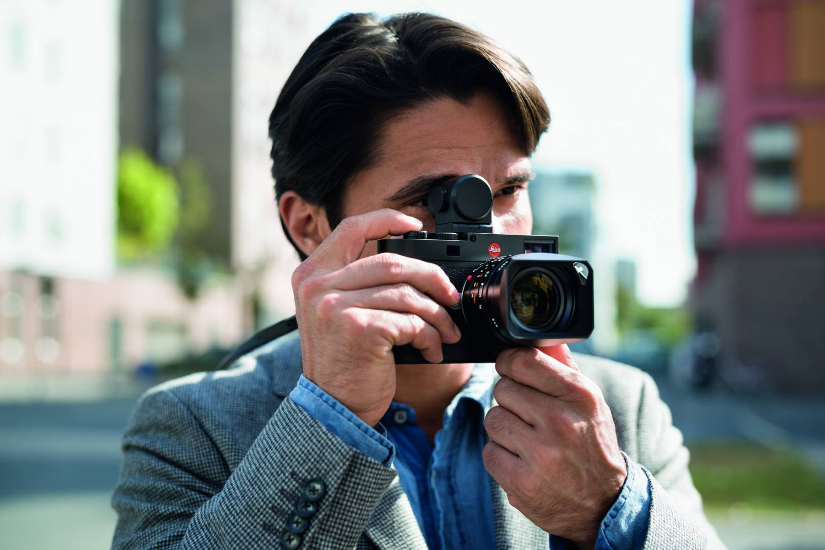 The Visoflex accessory for the M10 series was introduced six years ago with the Leica X and T models. It is now too old to carry through to the M11 (Image Leica Camera AG)