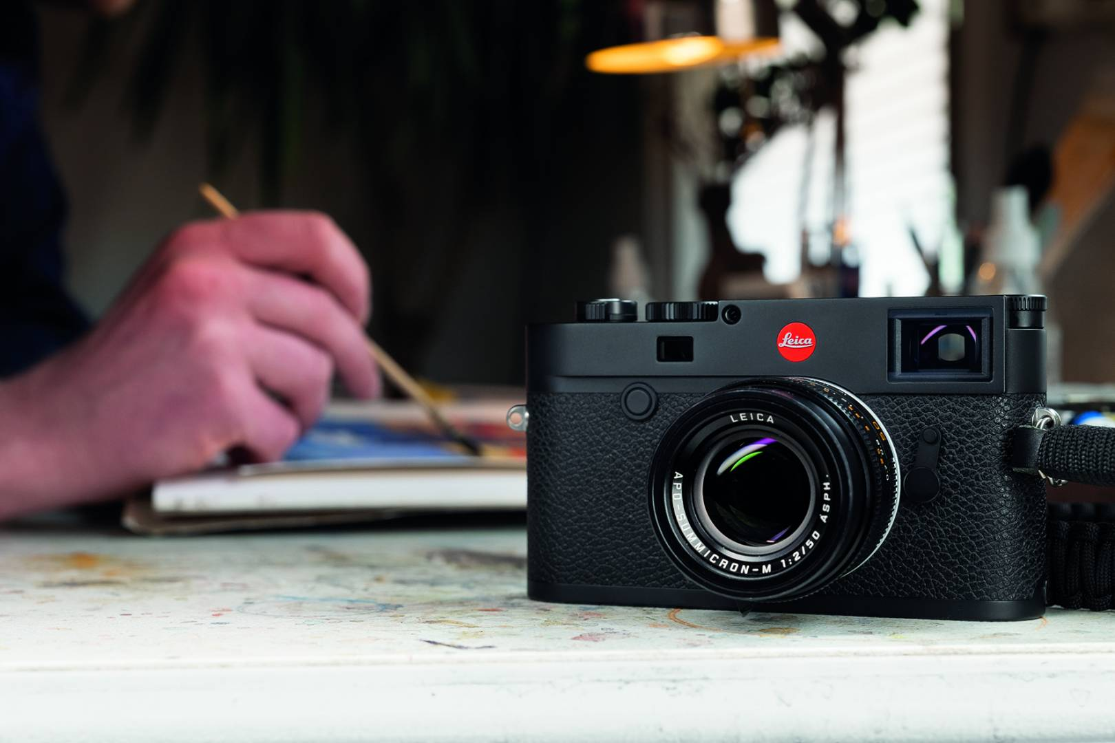 Getting down to work with the new M10-R (Image Leica Camera AG)