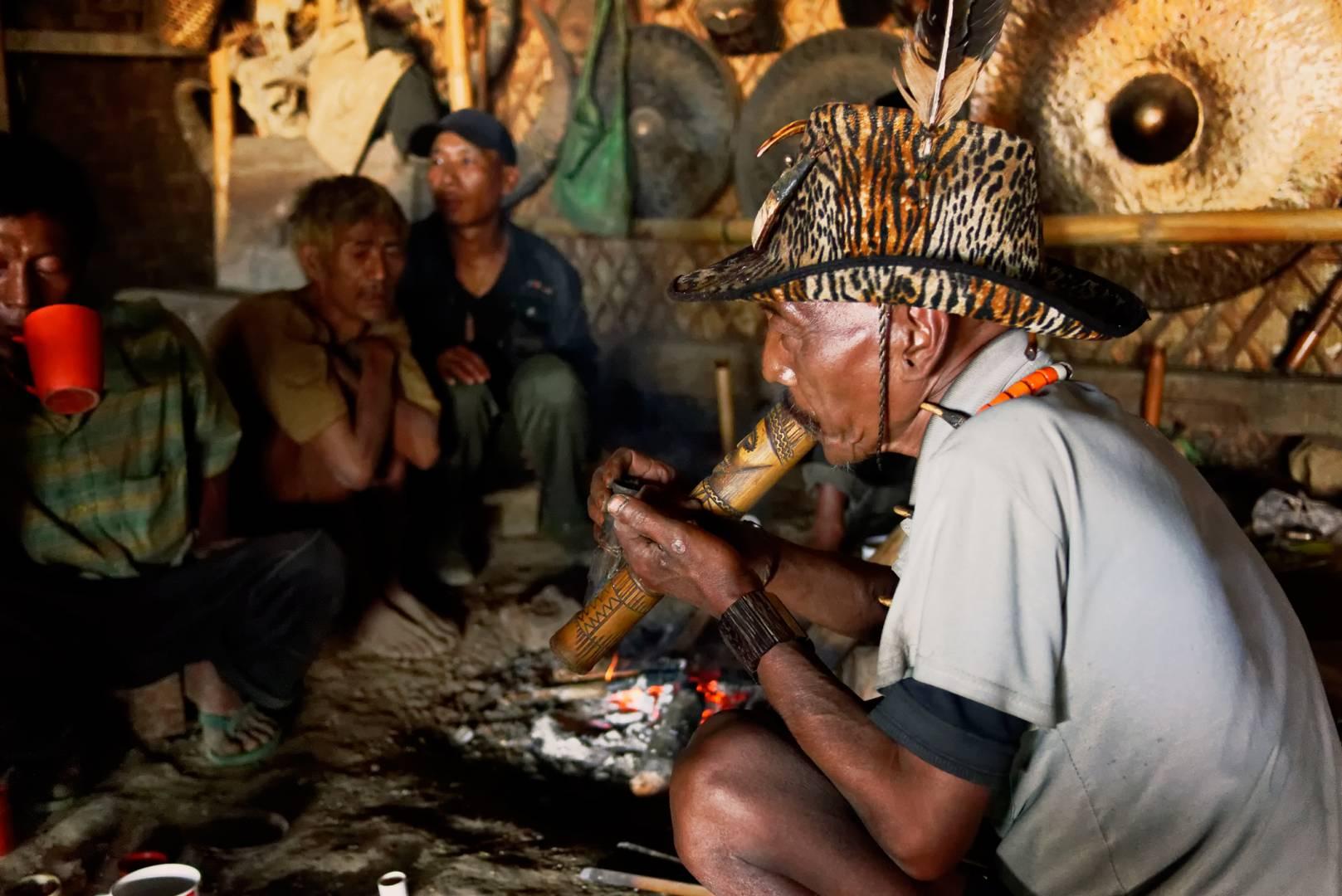 The chief angh of Longwa
