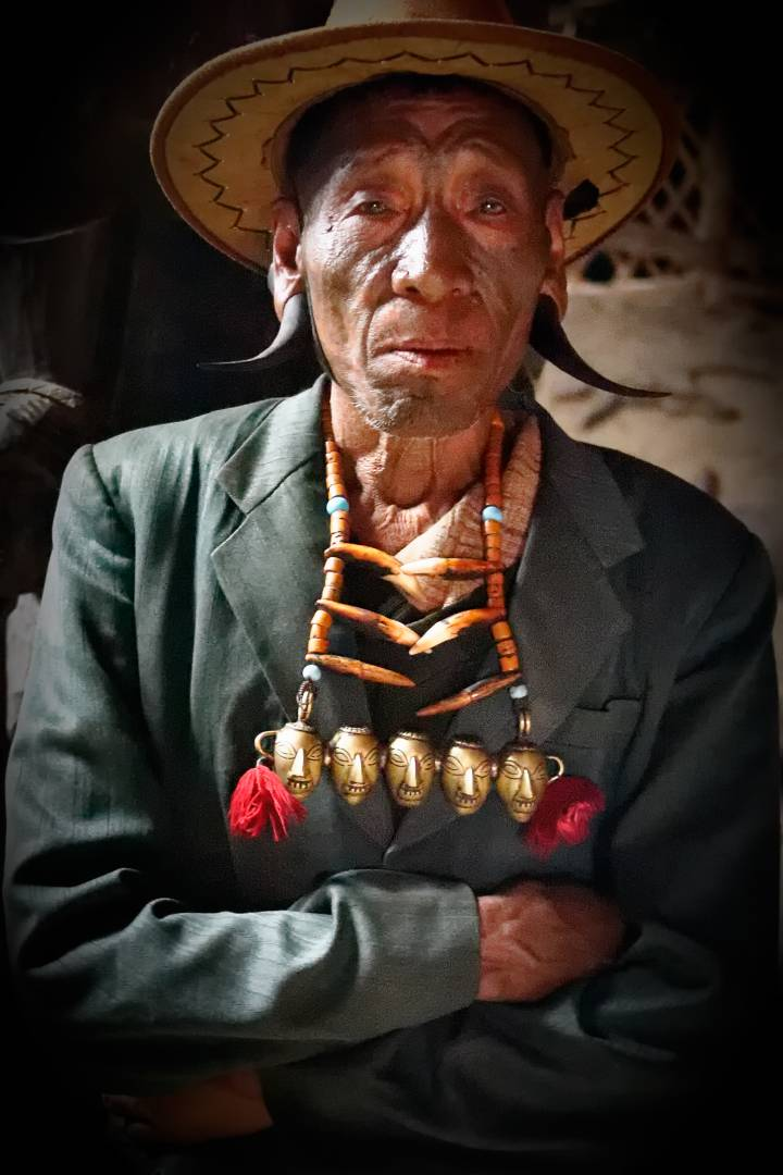 Tormba, the dapper headhunter from Longwa